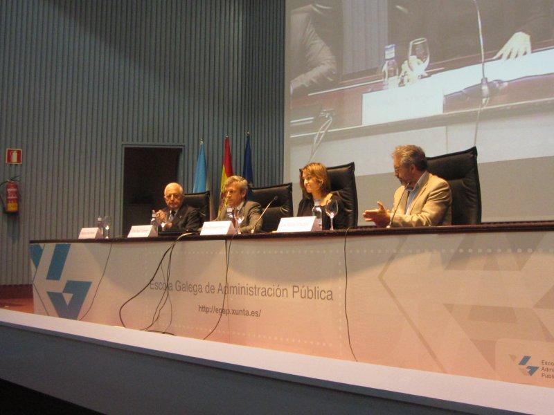 Conferencia sobre Roberto Vidal Bolaño